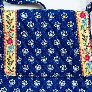 Vera Bradley Bags - NWOT Vera Bradley Crossbody Purse Handbag